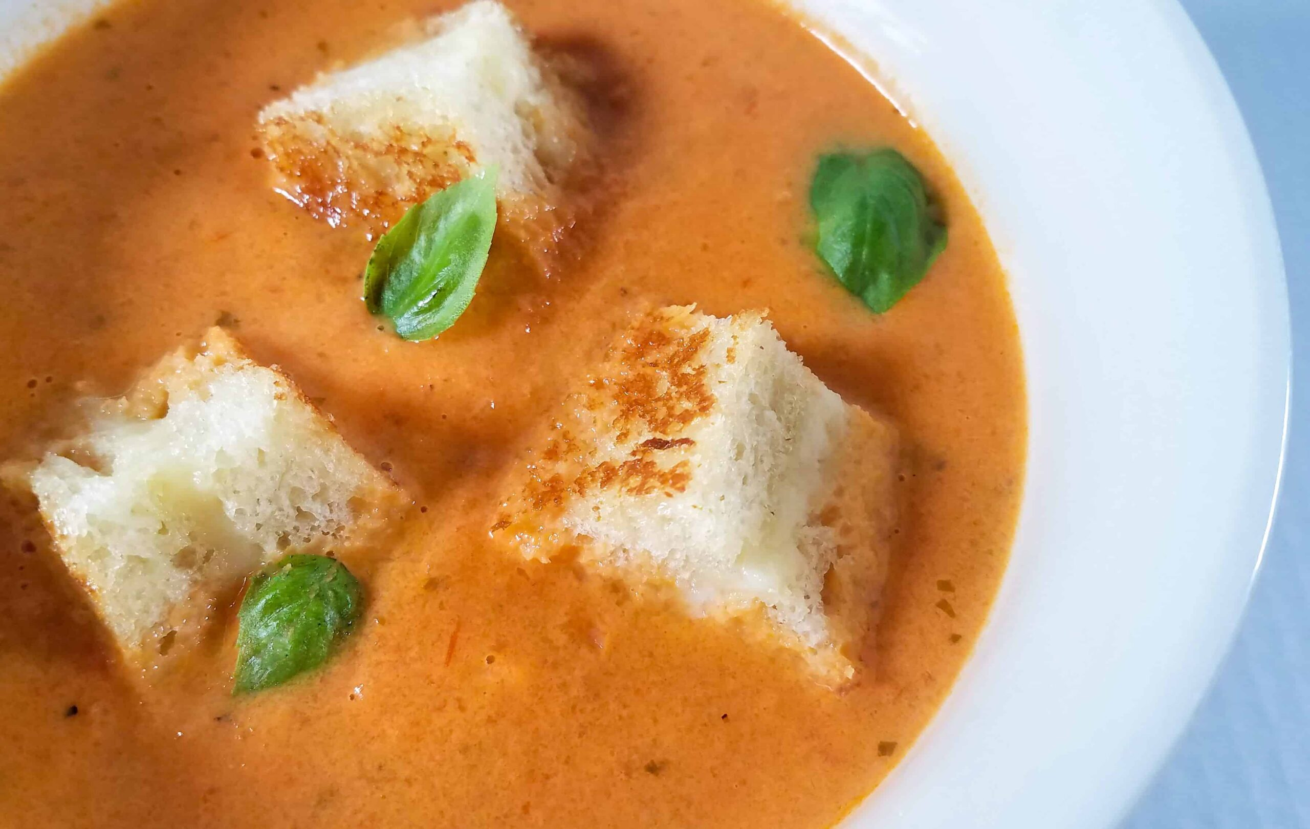 Tomato Bisque With Grilled Cheese Croutons: The Ultimate Comfort Food